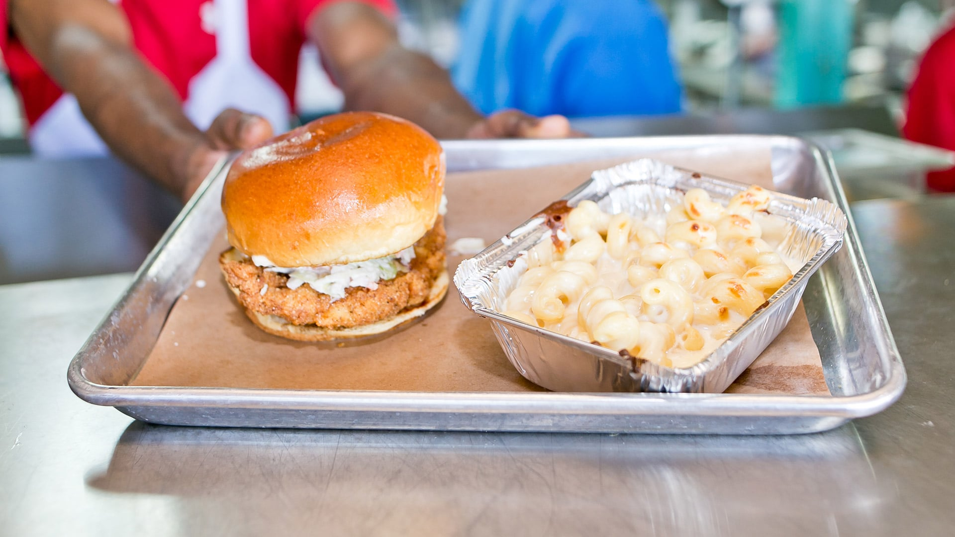 Between Buns | Fried Chicken Sandwich with Mac n Cheese | Red Fish Blue Fish Pensacola Beach